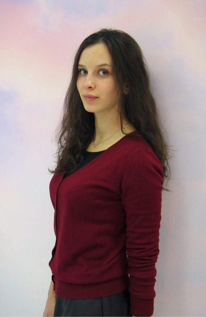 Полина Шухарт