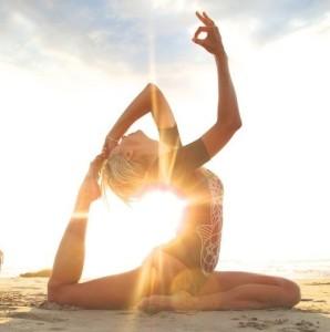 Женская практика йоги